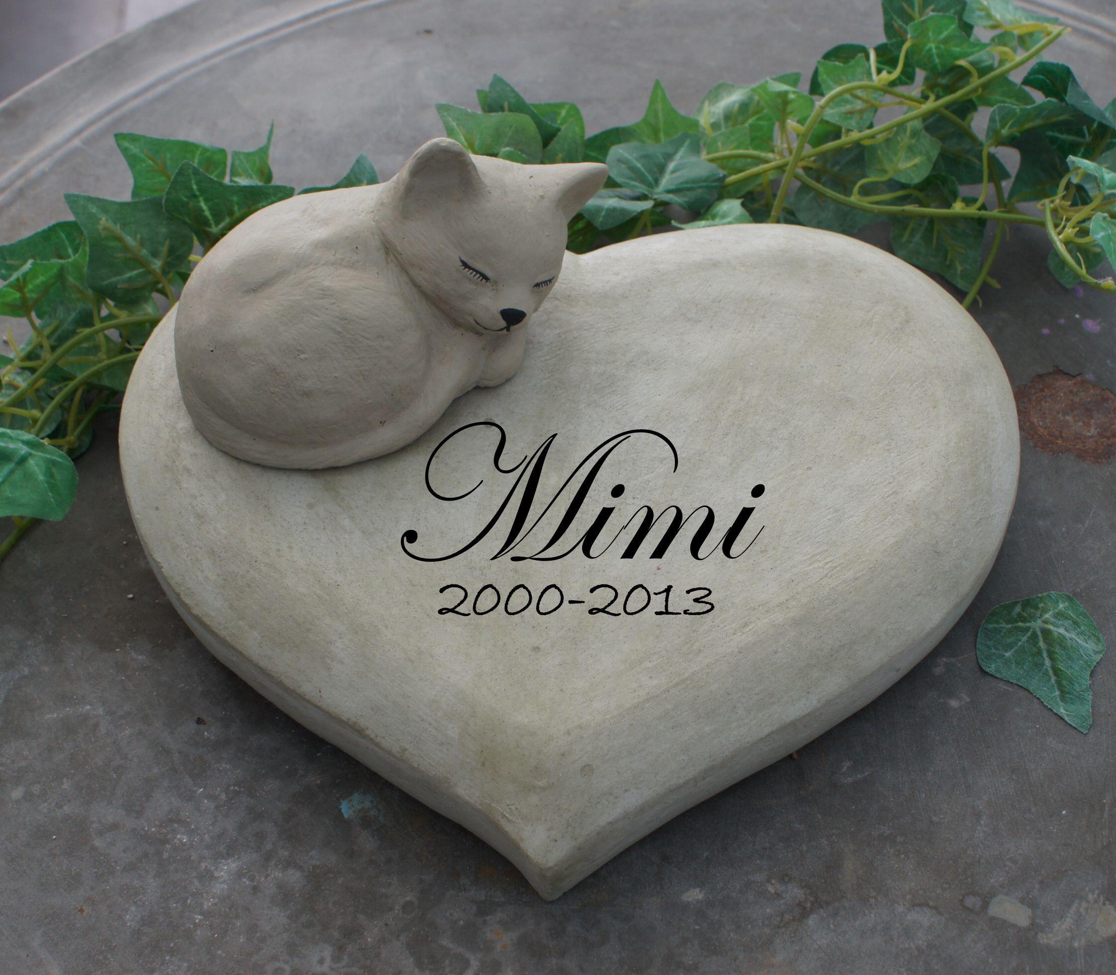 gedenkstein für eine katze. weitere gedenksteine für geliebte