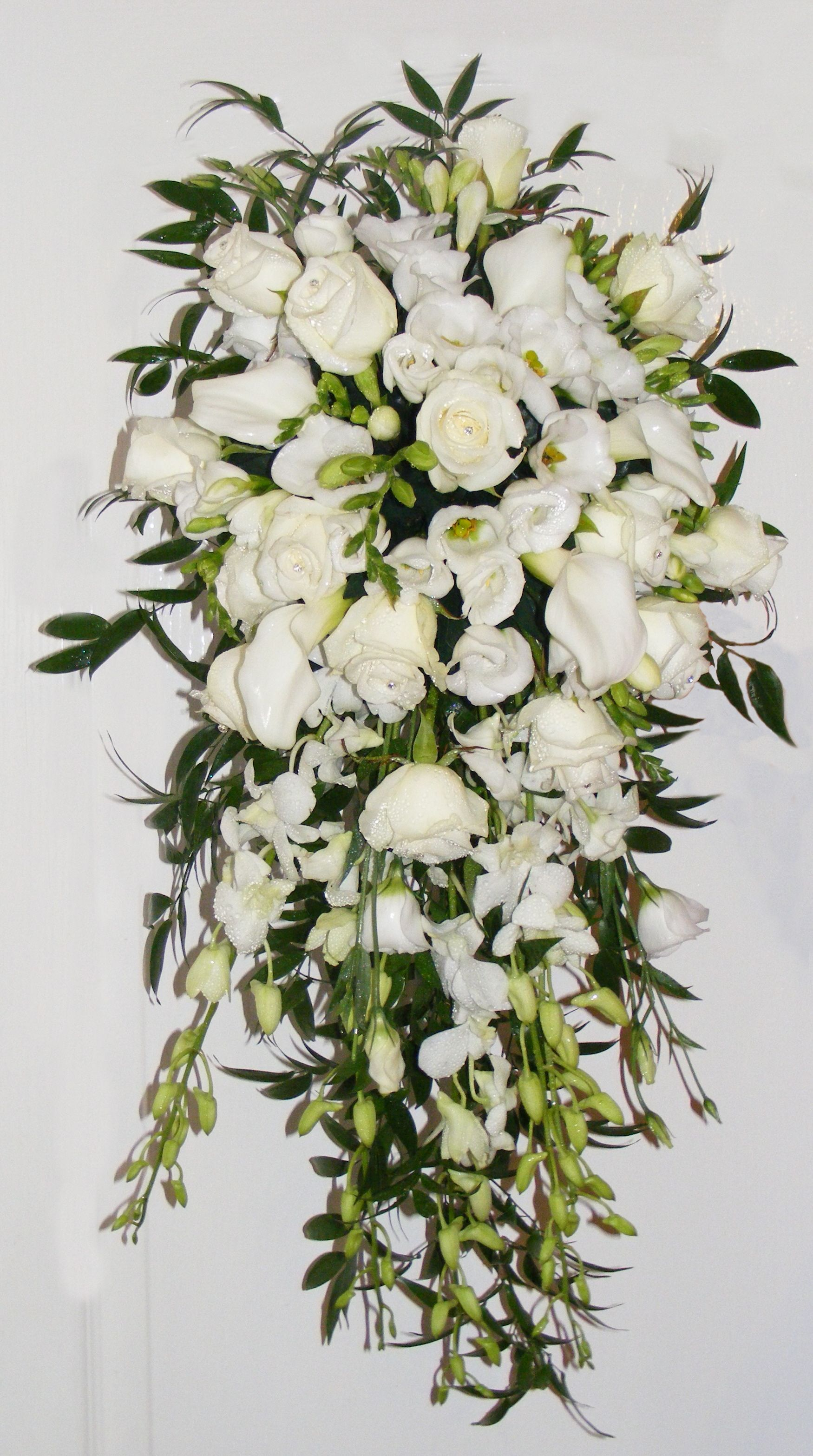 Fresh Flower Bridal Bouquet Singapore Orchids Roses And Lisianthus