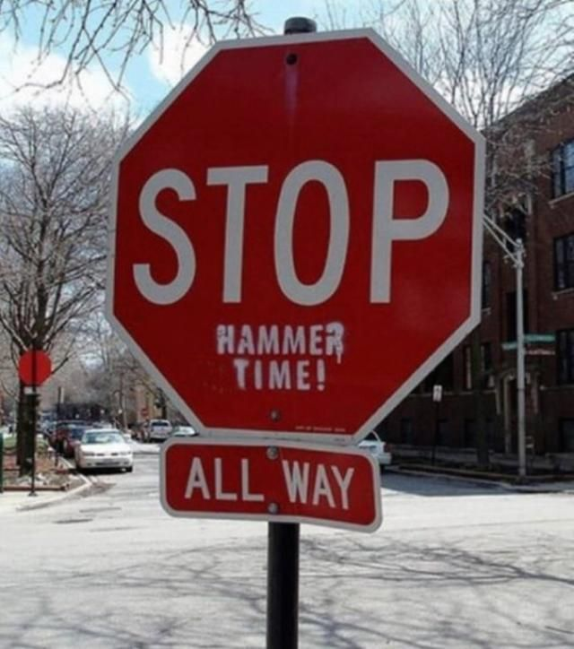 Even With Warning Signs These Traffic >> We Re Not Even Mad About These 20 Hilarious Acts Of Vandalism