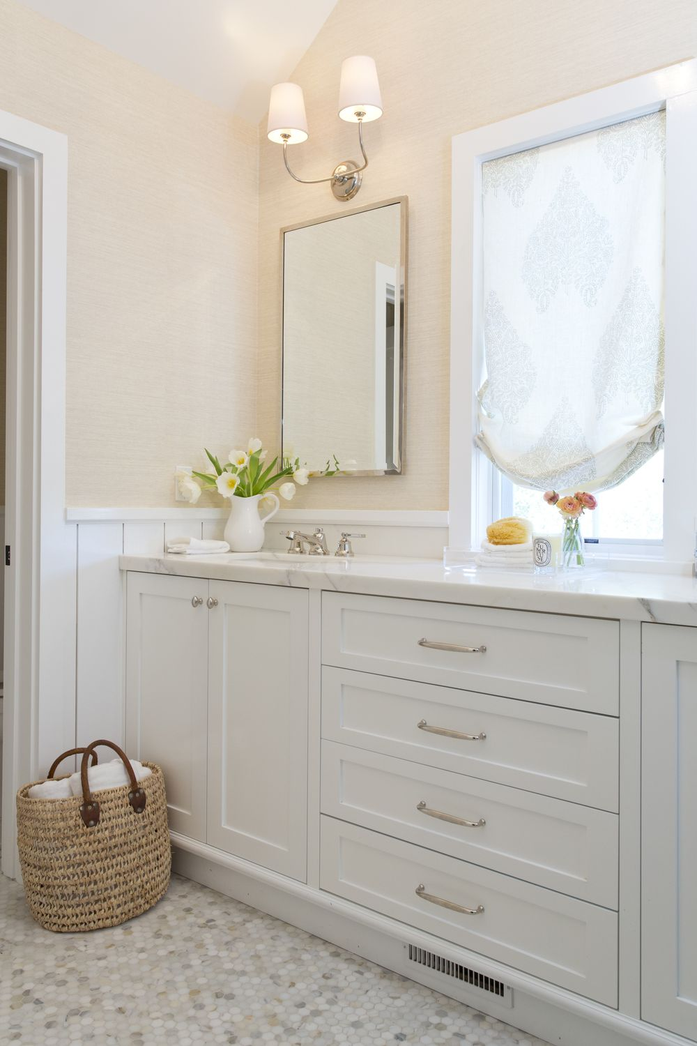 Small Bathroom Remodel On A Budget Color Schemes Decorating Ideas