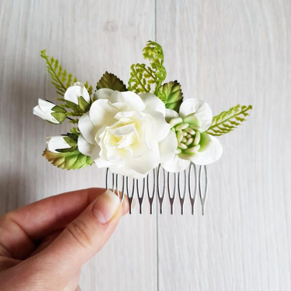 Bridal hair comb, Wedding hair comb, Bridal headpiece, Woodland wedding, Wedding headpiece, Hair comb, Boho wedding, Rose comb, Hair flowers ************************************* Hair comb with white roses, buds and greenery. Succulent is handmade of polymer clay. It is sold, but we
