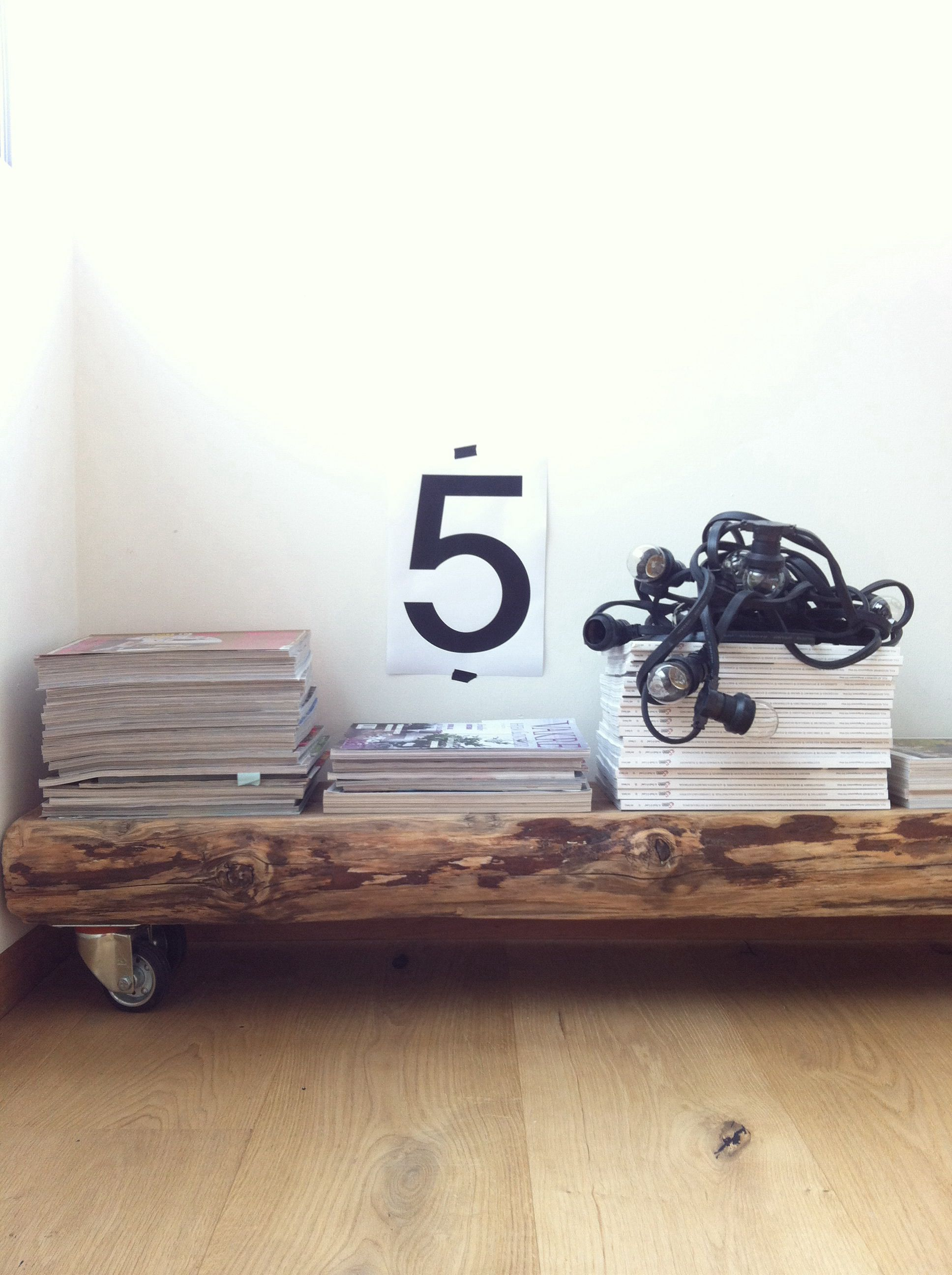 Wooden rack available at the concept store www.HEIMELIG-shop.com