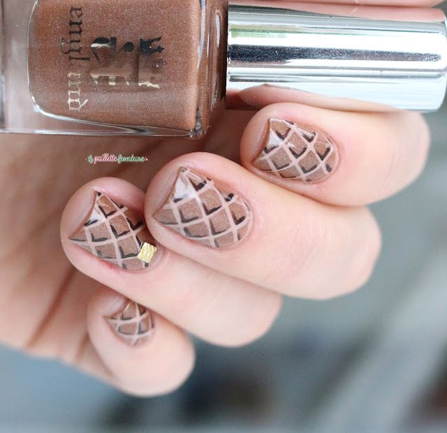 A England Sparks Divine Caramel Brown Holo Waffle Hashtag Nail Art