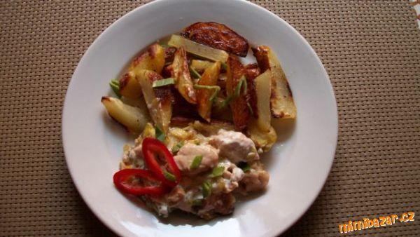 Kuřecí nudličky s pórkem a opékaným bramborem