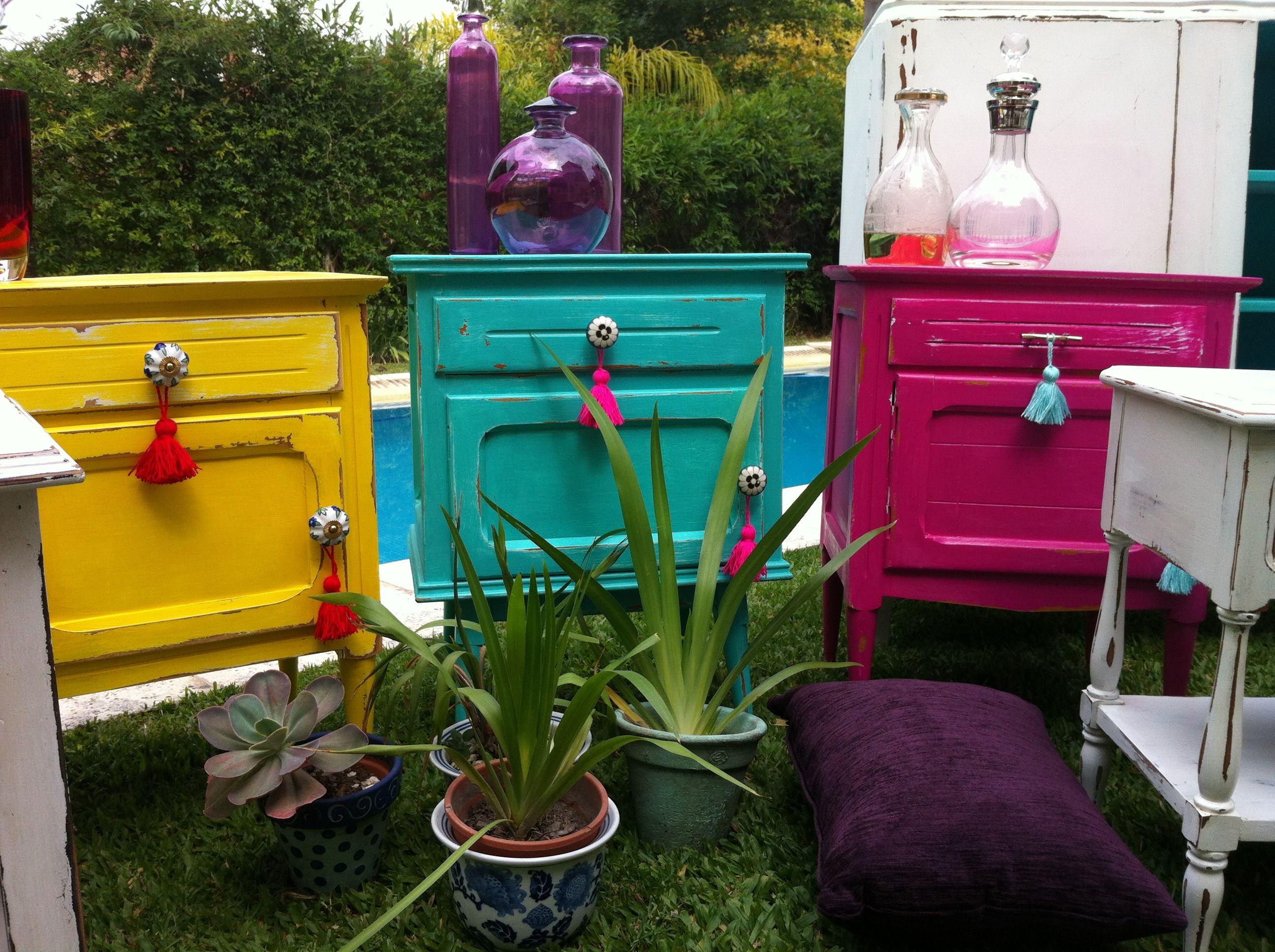 Mesas de luz vintage decapadas vintouch muebles for Muebles restaurados vintage