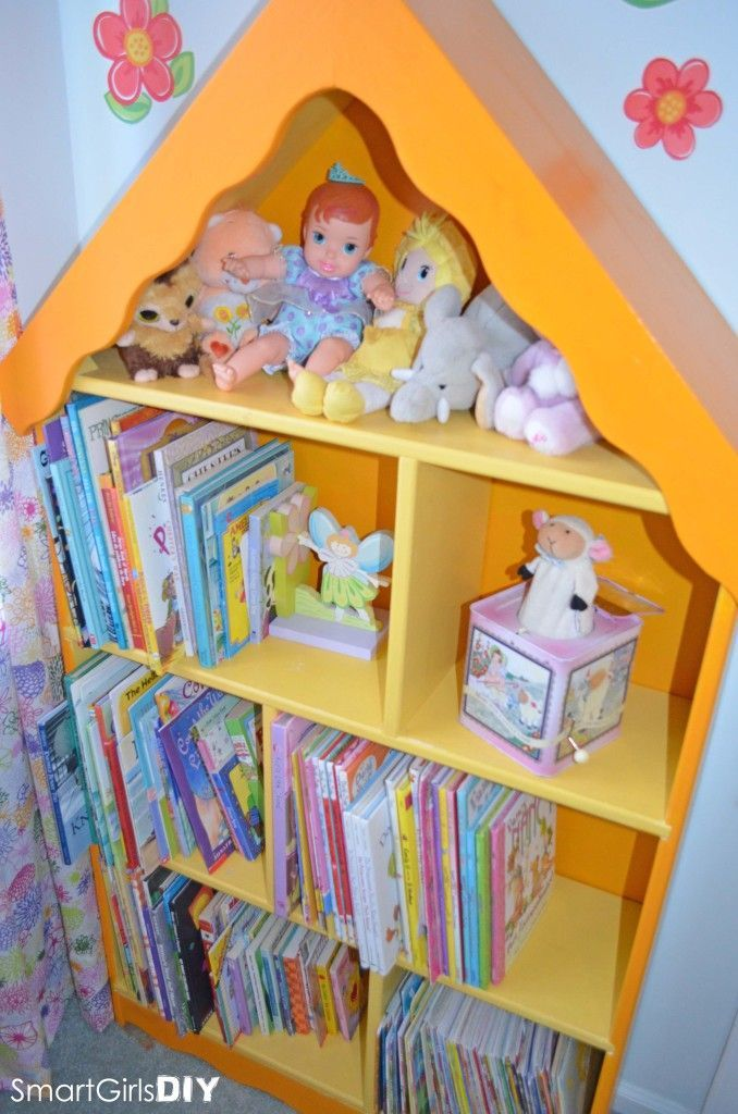 Terrific Painted Dollhouse Bookshelf From A C Moore Diy Home Decor Download Free Architecture Designs Photstoregrimeyleaguecom