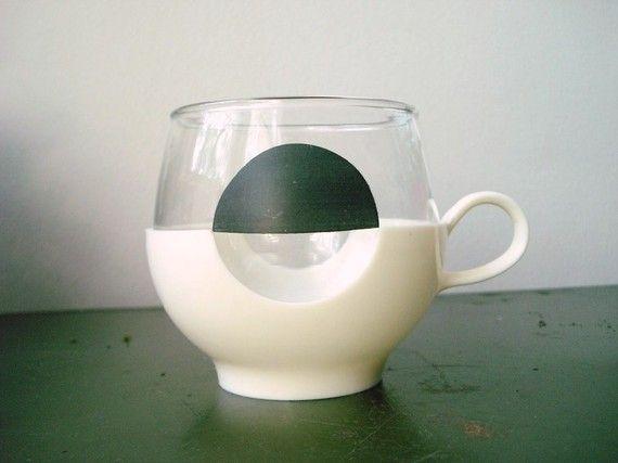 Vintage Pyrex White And Black Dot Drinkup Nicks Ally