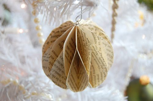 Do it yourself holiday home decorations papel manualidades en diy book page ornament solutioingenieria Choice Image
