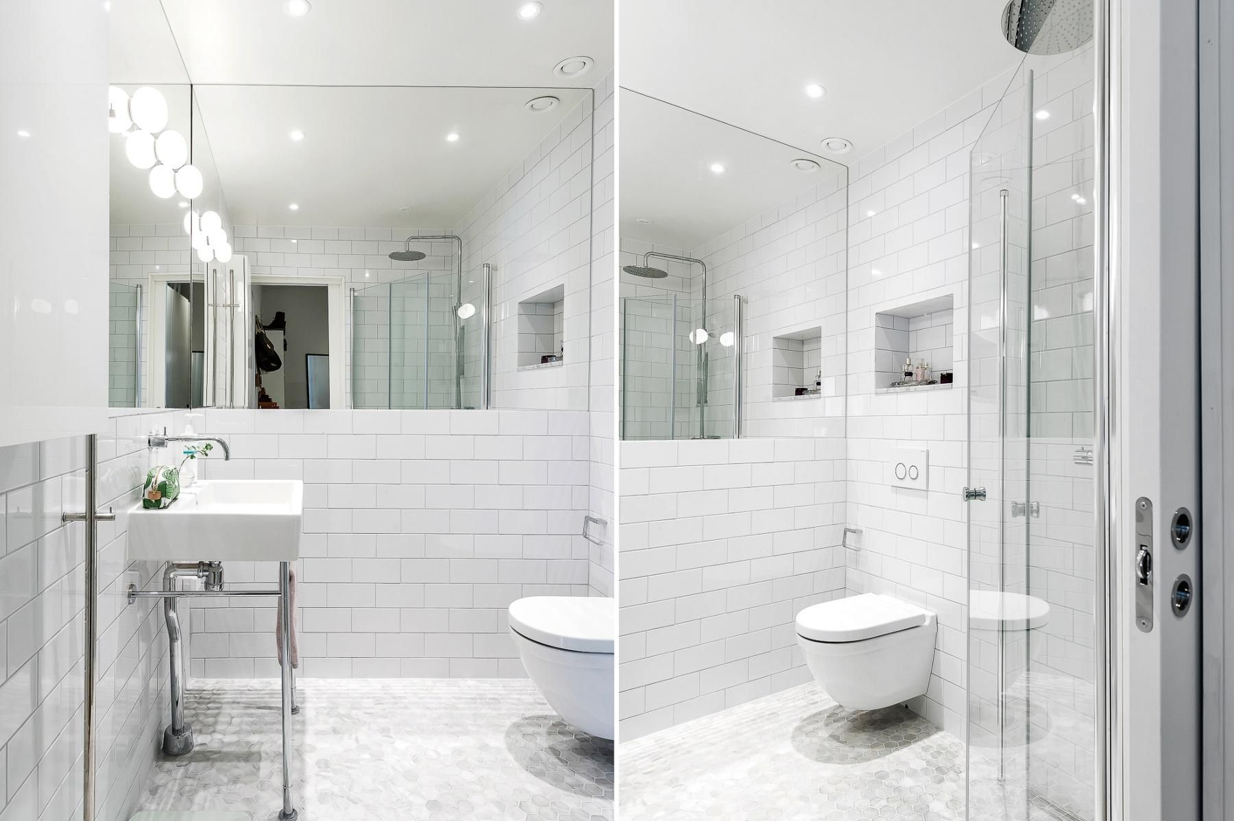 badrum med stor spegel  6596d7be68fbd