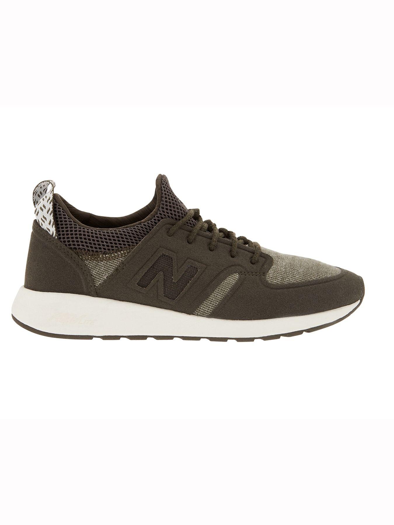 product photo | Stylish athletic shoes