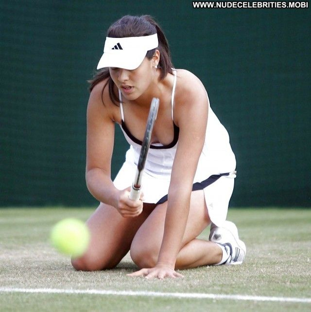 Slit favourite upskirt pics of ana ivanovic ass love the faces