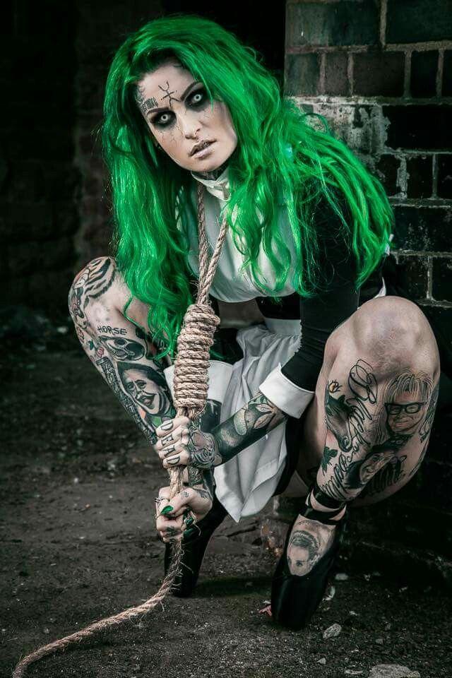 Lusy Logan Gothique