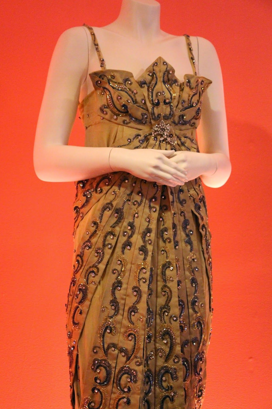"""THE VINTAGE Julie Andrews detail from 'Darling Lilli""""FILM COSTUME COLLECTOR"""