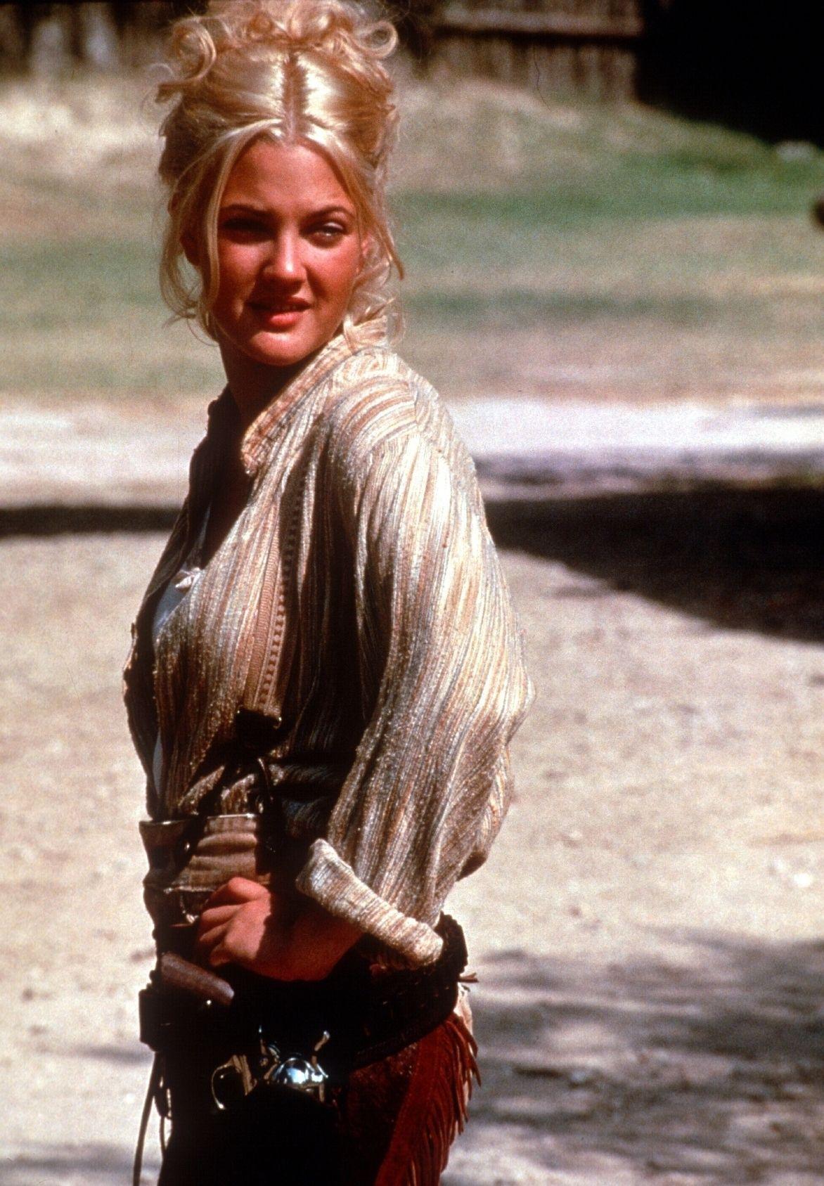 Drew Barrymore, yeah, she looks hot. | 90s fashion