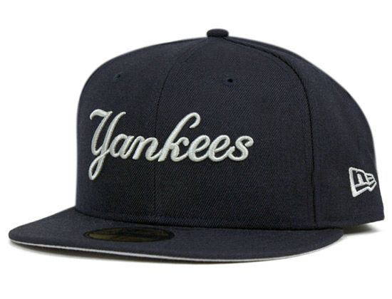 d37fbf45 New York Yankees Script 59Fifty Fitted Cap by NEW ERA x MLB ...