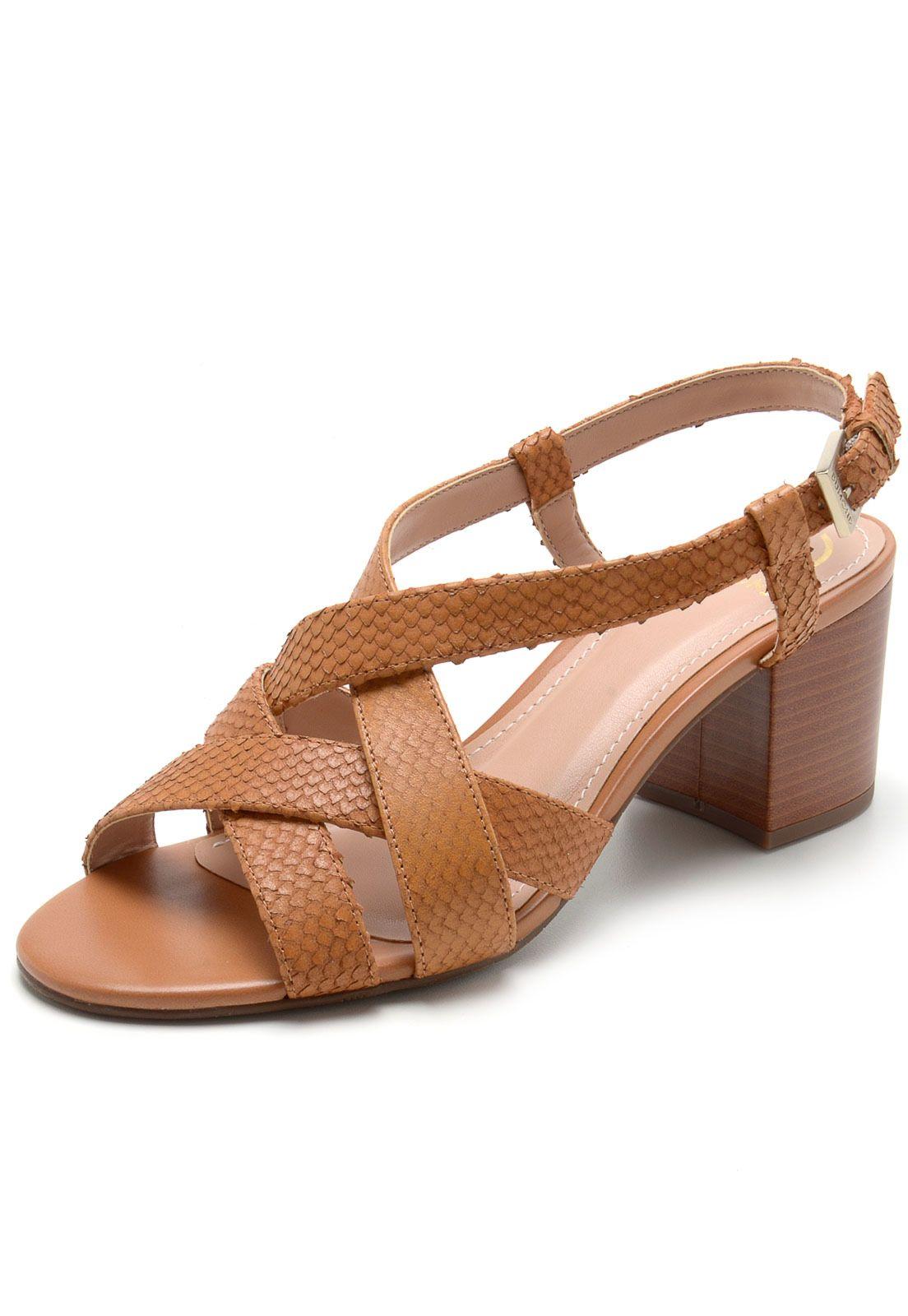 b3757a9fa Sandália Couro Dumond Textura Caramelo em 2019   cipő   Shoes ...