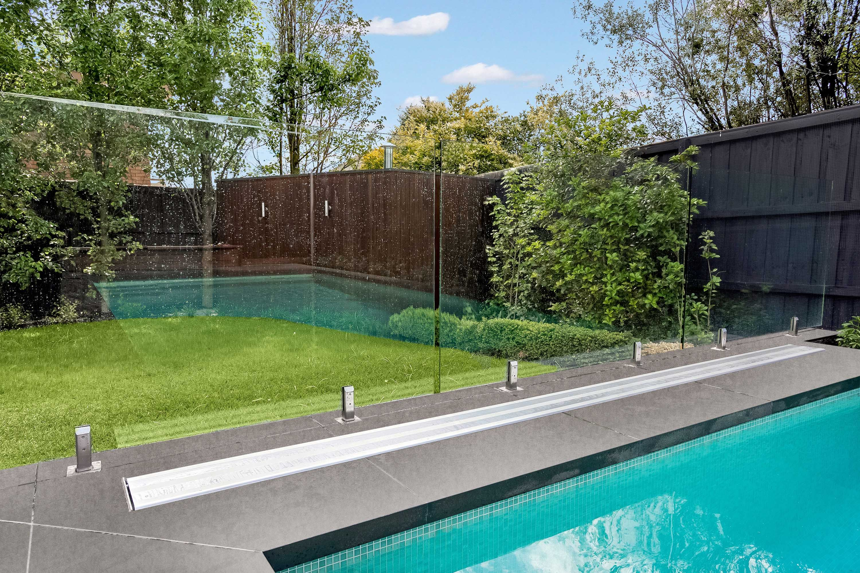Sunbather Downunder Hidden Pool Cover Roller System ...