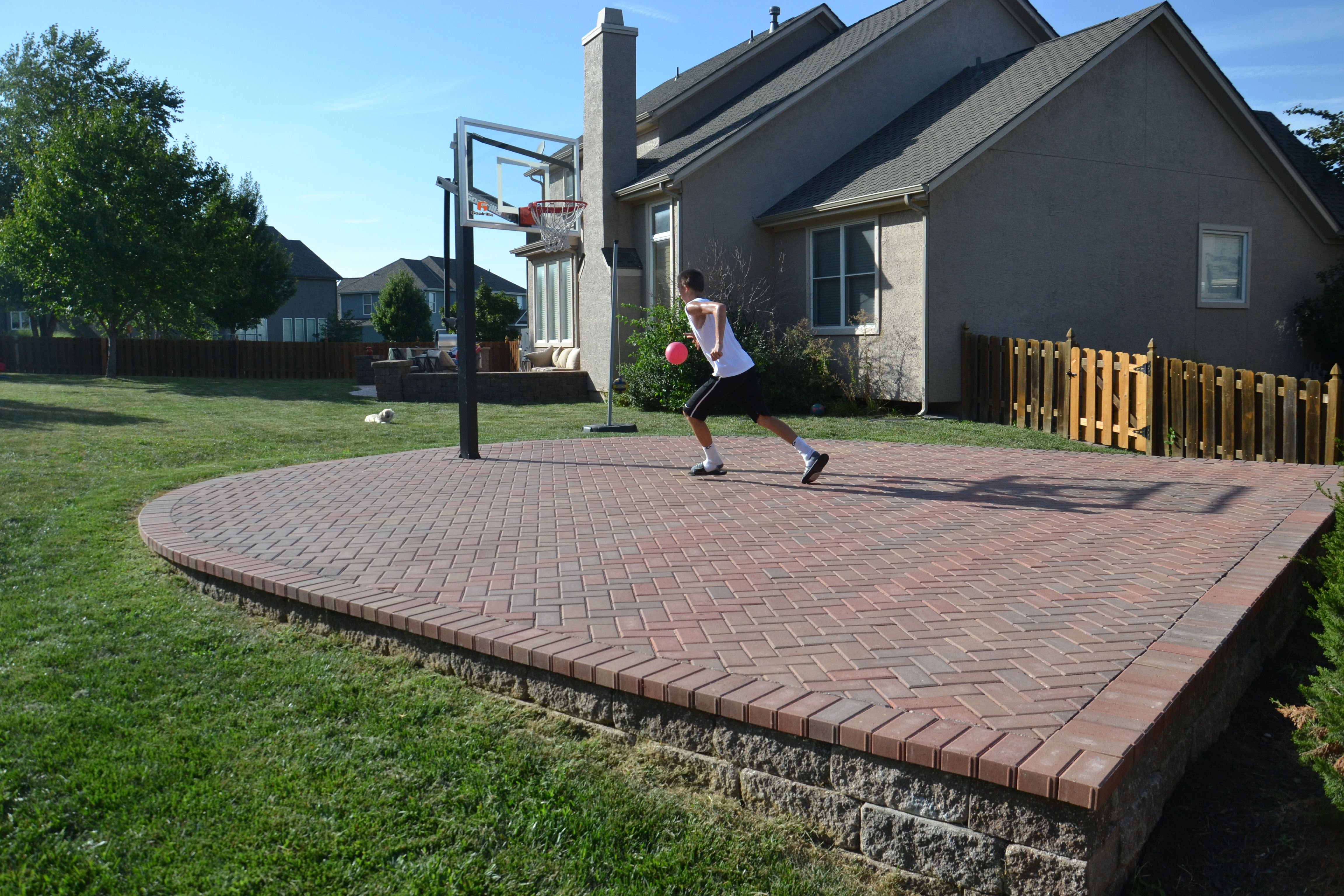 An attractive way to have a sport court in your backyard ...