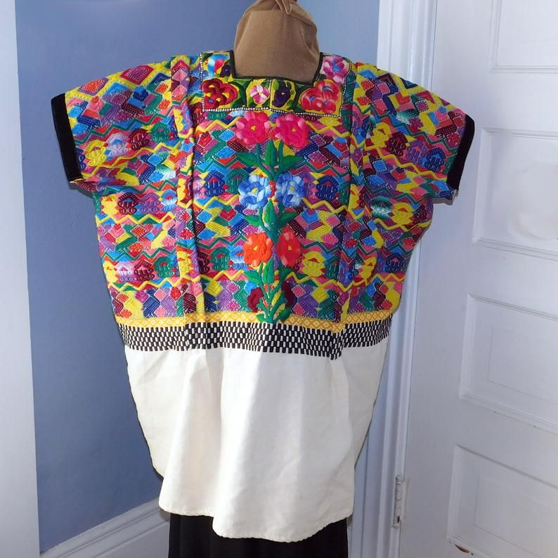 Vintage woven folk blouse top embroidered longsleeve forest green white pockets hippie boho ethnic style Guatemalan style