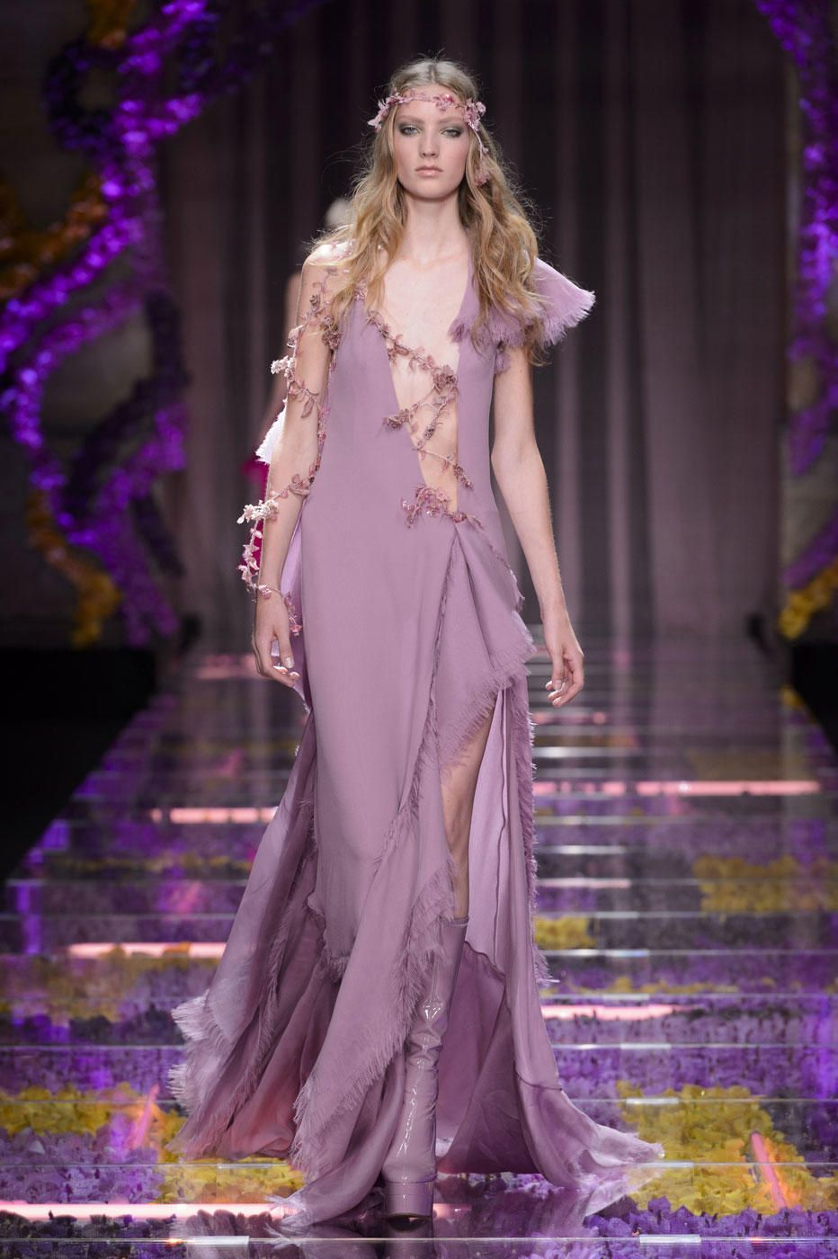 Versace wedding dress  Atelier Versace Sends Haute Couture Hippies Down the Runway for Fall