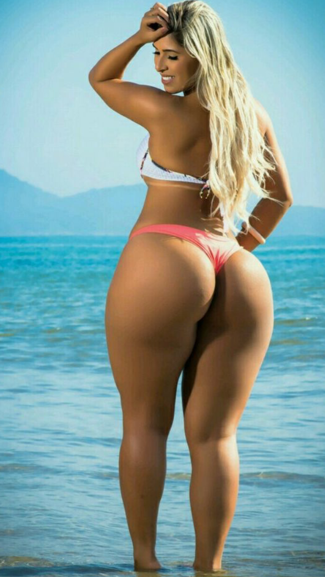 Excellent Booty Shape And Sexy Aaa Is Queen Aaa Is Queen