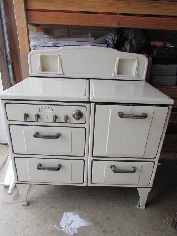 Beautiful Vintage 1920u0027s Wedgewood 4 Burner Cooking Stove Local Pickup