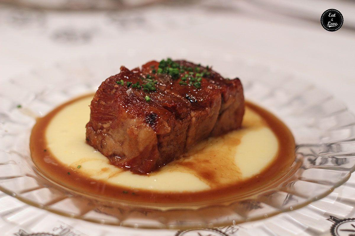Cabeza de cerdo con puré de patatas - Bache restaurante - Madrid