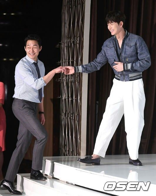park hae jin 박해진 朴海鎮 and park sung woong 박성웅 man to man 맨투맨 press conference april 18, 2017