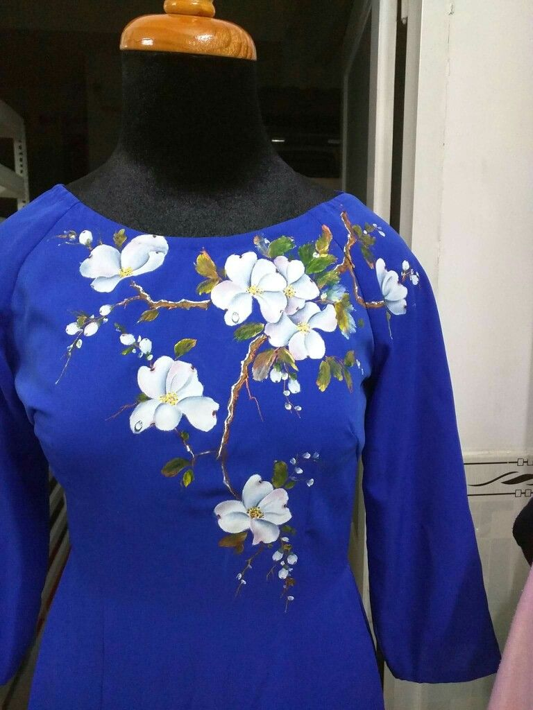 24b4b80b01 Hand painted Kurtis | Hand painted Kurtis | Fabric painting on ...