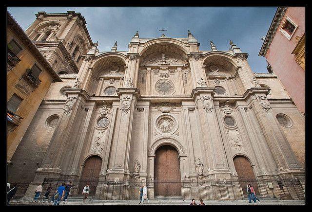 La #Catedral de #Granada by @salvadorfornell, via Flickr http://www.flickr.com/photos/salvadorfornell/4039669742/  www.salvadorfornell.com