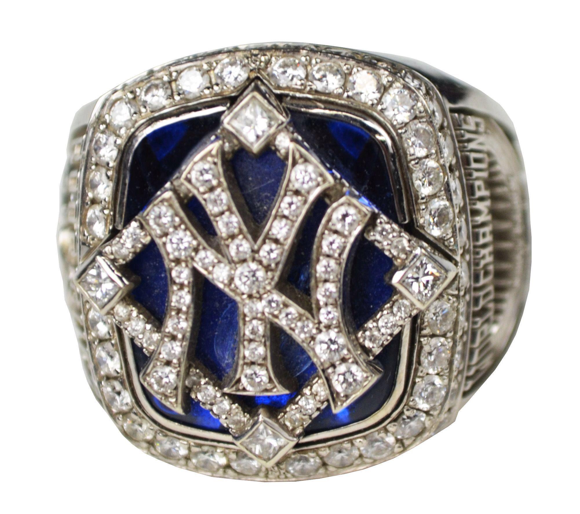 Copy Of Ny Yankee World Series Ring Yankees World Series World Series Rings New York Yankees