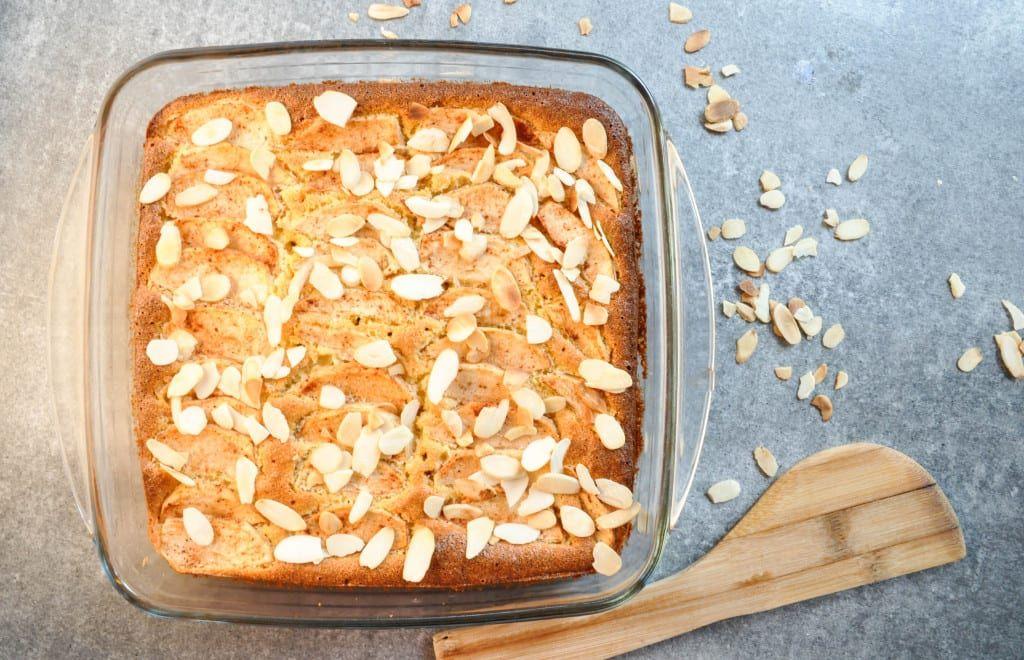 Almond Flour Apple Squares In 2020 Sugar Free Apple Cake Gluten Free Apple Dessert Sugar Free Apple Recipes