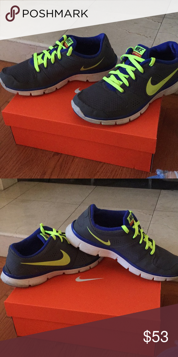 Nike shoes 10 men's gray white neon