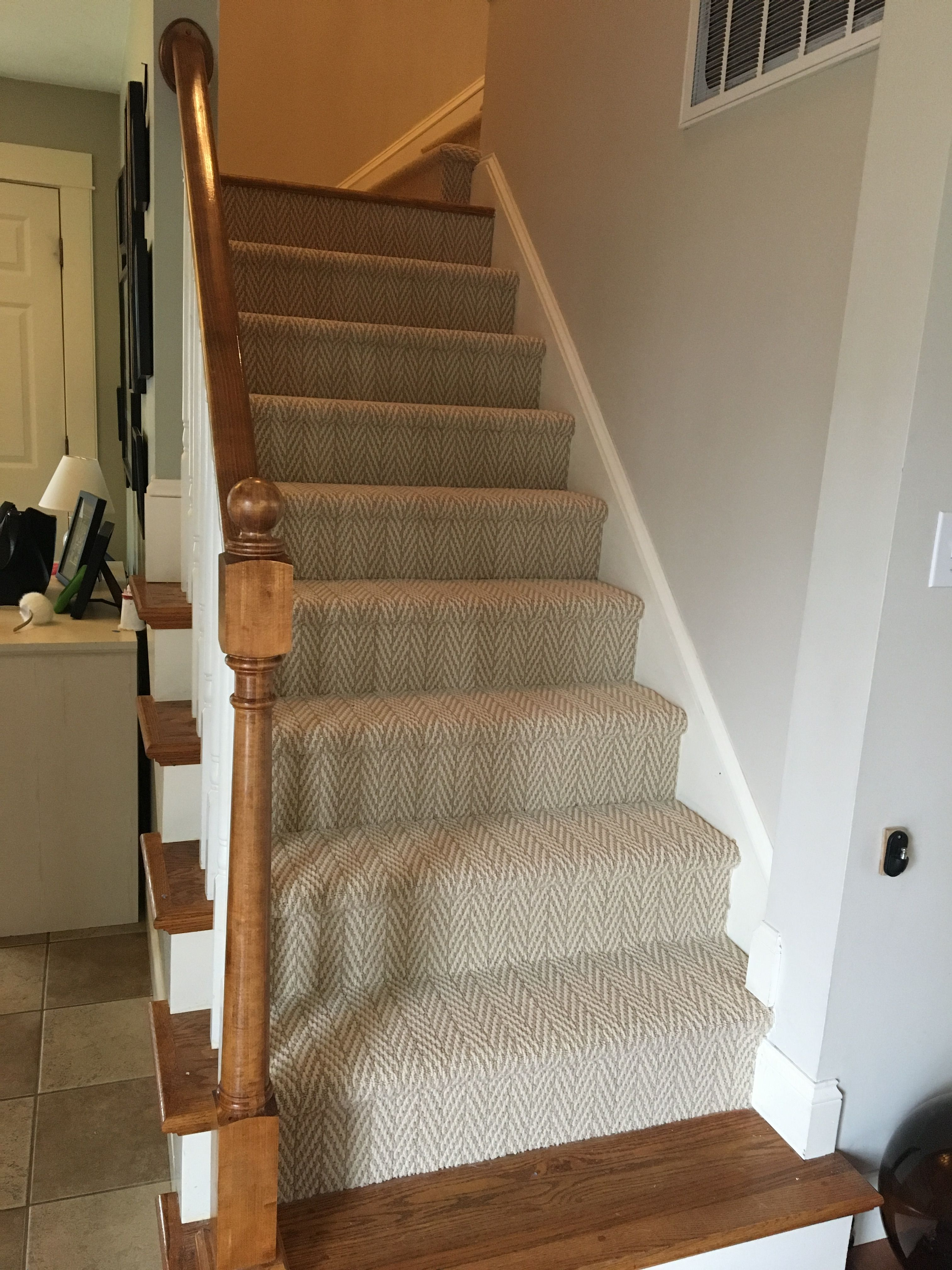 Lowes Stainmaster Apparent Beauty Whisper Berber Carpet Berber | Berber Carpet For Stairs | Decorative | Waterfall Stair | Sophisticated | Durable | Master Bedroom