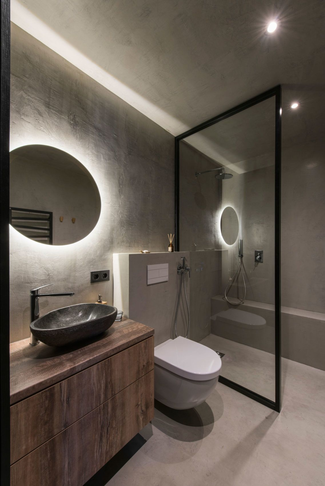 Modern bathroom #bathroom #lighting  Industrial bathroom decor
