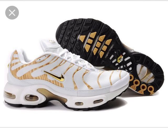 Épinglé par p1ut0 sur Shoes | Nike tn requin, Homme blanc, Jaune noir