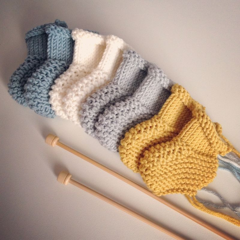 b0727dc7d3aa Mes petits chaussons BABY ... Naissance ... 3 mois... - DIY By ...