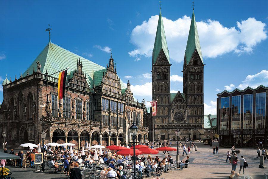 Marketplace of Bremen Bremen tyskland1 Pinterest Bremen