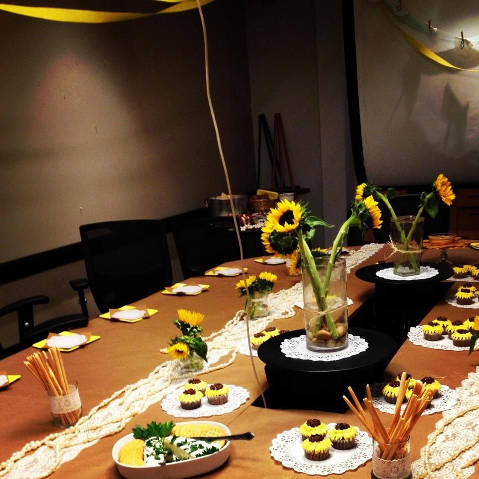 1fea74223c86 How to decorate for an office party wedding shower!