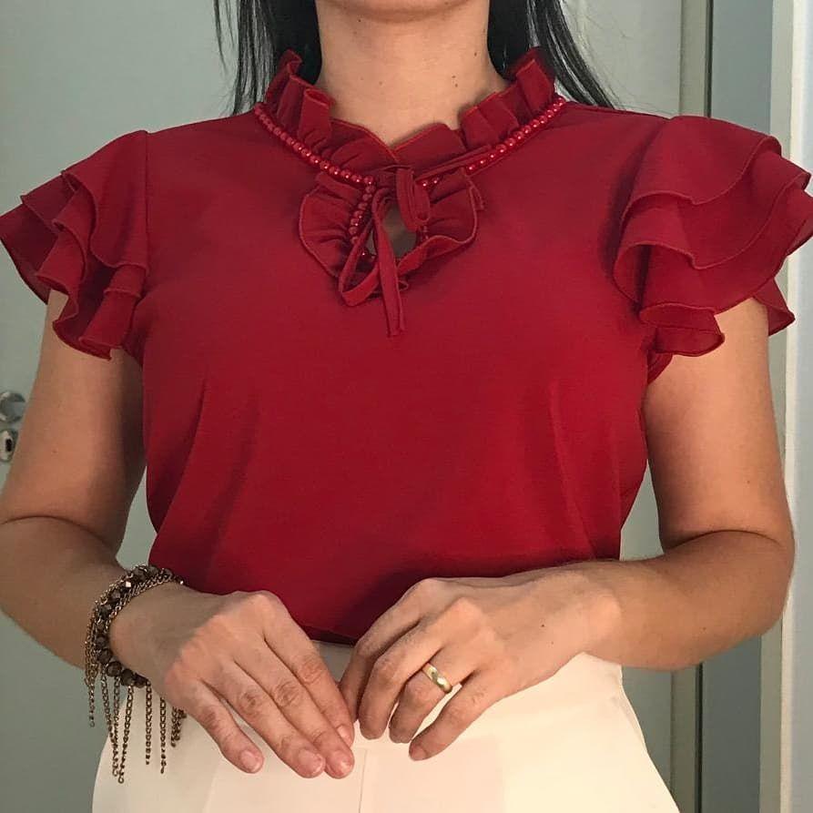 Blusa Crepe bordada à mão P, M, G 19,90 cada. Apenas atacado!  Feminisces-Boutique Link na Bio. . . . . . . . .… | Camisetas sociais,  Blusa crepe, Moda evangelica