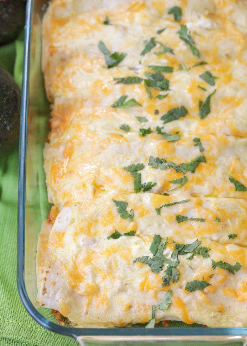 Creamy Chicken Enchiladas With Sour Cream Video Lil Luna Recipe Creamy Chicken Enchiladas Recipe Creamy Chicken Enchiladas Chicken Enchiladas Easy