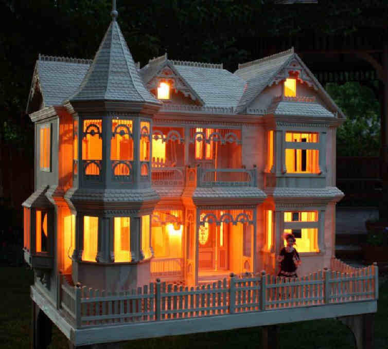 Lighted Doll House An Electric Bill I Can Afford ℳყ