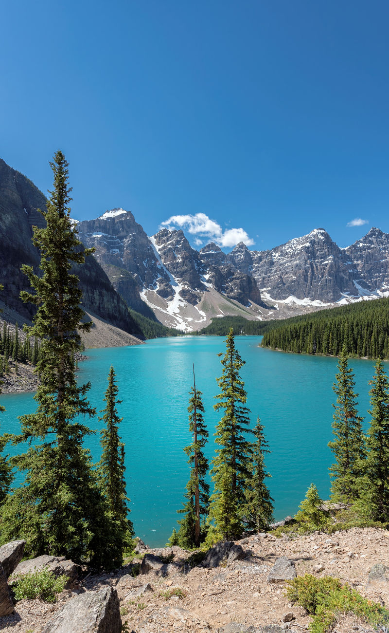 22 Incredible Landmarks in Canada