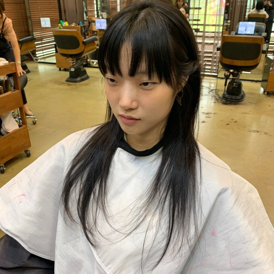 15 s/s long hair Modern minimalism> | 헤어 트렌드, 긴 머리, 앞머리