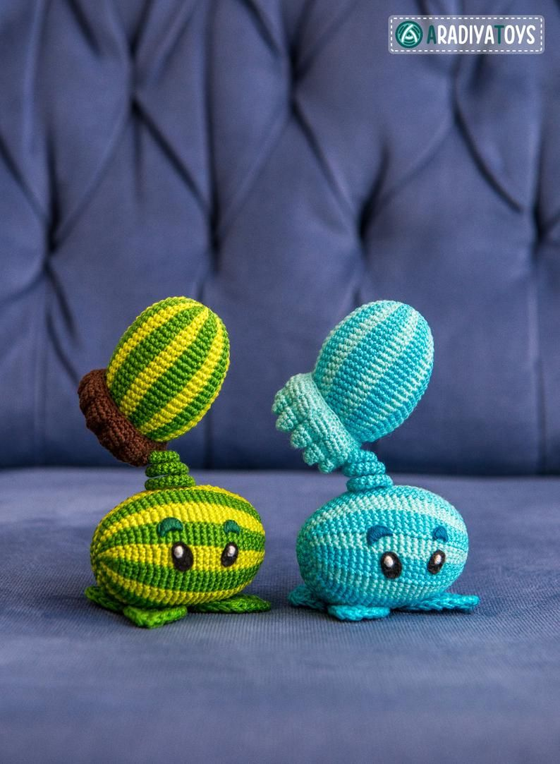 Crochet Pattern of Melon-pult and Winter Melon from Plants vs. Zombies (Amigurumi tutorial PDF file)