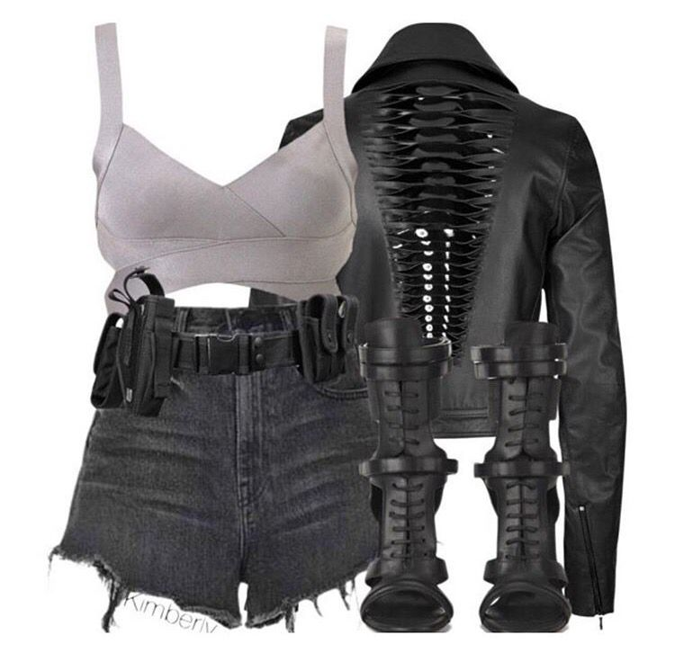 Go grungy! Rock and roll ladies.... The Grey Savannah top styled up your way!
