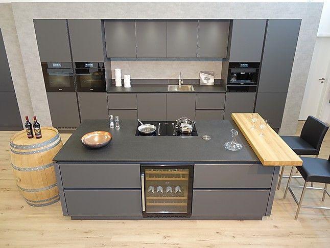 Photo of Schüller presenta apparecchi di fascia alta: cucina a vapore XXL combinata e forno a pirolisi …