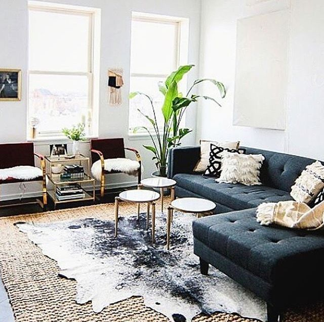 Pin By Cskrm On Living Room Contemp Eclectic Modern Boho Living Room Rugs In Living Room Minimalist Living Room