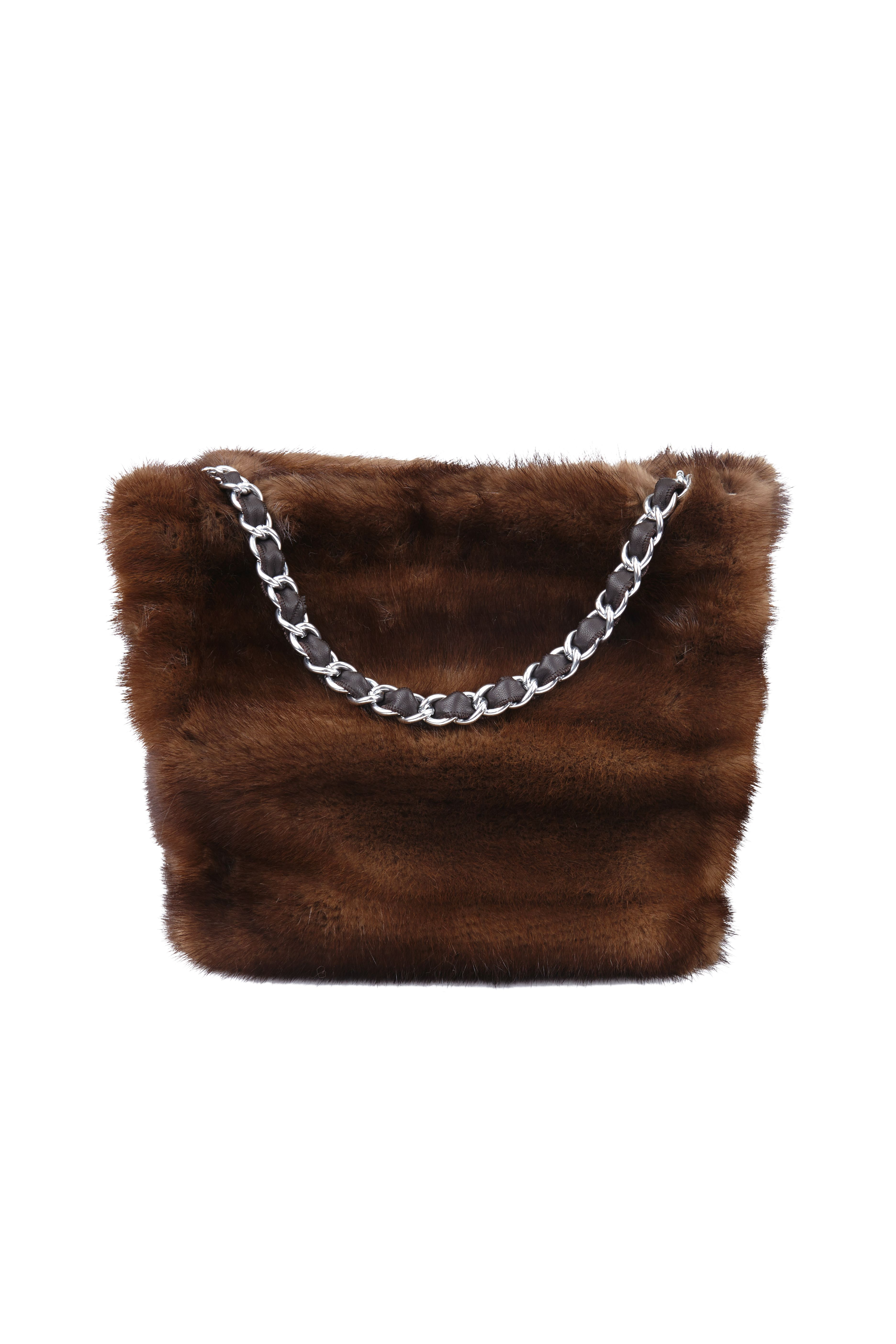 Bolso de Lomos de Visón Demi Buff. Demi Buff Mink Bag. #mink #bag #bolso #purse #sac #demibuff #vison #peleteria #fur