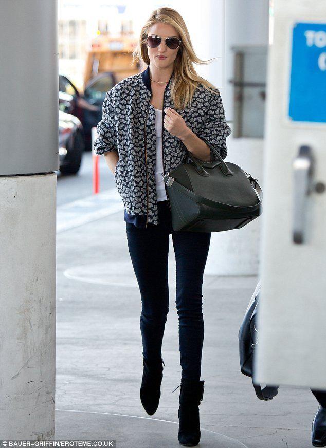 Rosie Huntington Whiteley Wows In Stylish Outfit As She Departs Lax Naryady Rouzi Hantington Uajtli